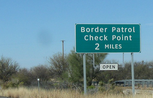 Darren Chaker article border patrol search